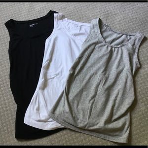 Set of Gap maternity tanks